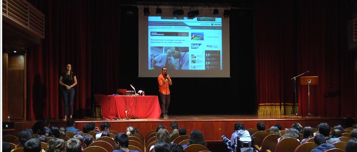 Charla en #TecnoTegueste 2014. La importancia del Yo Digital.
